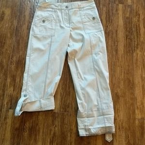Spanner Cream Capris 6 fit like an 8